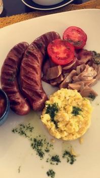 Am&PM full English breakfast